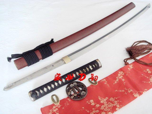 Clay Tempered T-10steel Japan Katana Sword Plum Blossom Tsuba Choji Hamon Blade