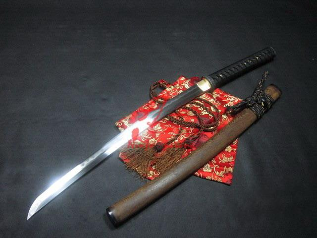 Battle Ready Clay Tempered Sanmai Blade Plum Blossom Wakizashi Katana
